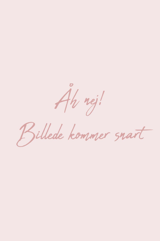 INSPIRATION 2015 Modströms sæt. Find delene under bluse og bukser!
