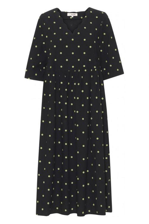 A-View - Kjole - Sassi Midi Dress - Black With Green Dots