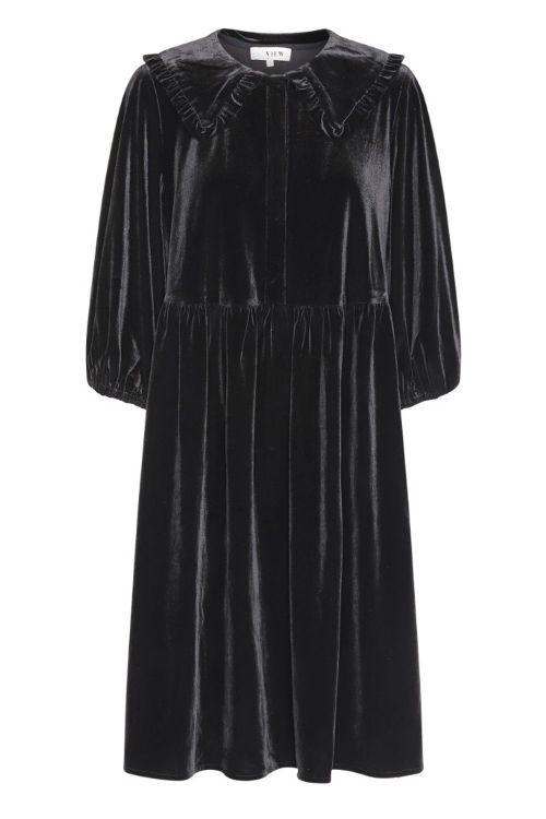 A View Kjole Kaisa Dress Black Front