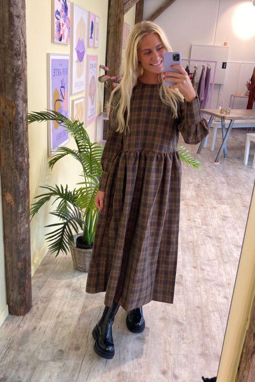 A-View - Kjole - Ocean Long Dress - Brown Check