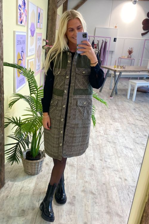 A-View - Vest - Peggy Vest - Checkered Brown