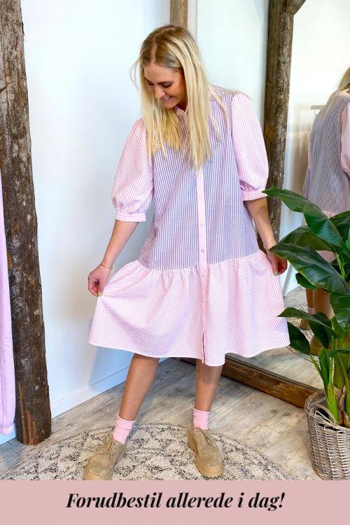 A-View - Kjole - Rikke dress - Lavander/pink