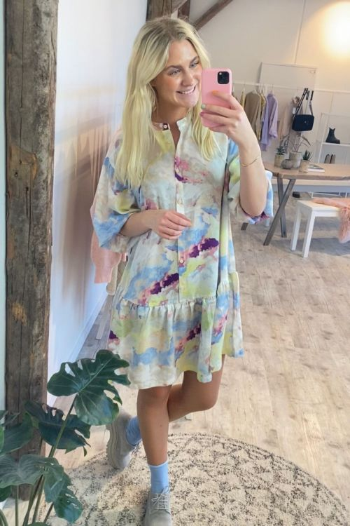 Ichi Kjole IH Cloudy Dress Multi Color Hover