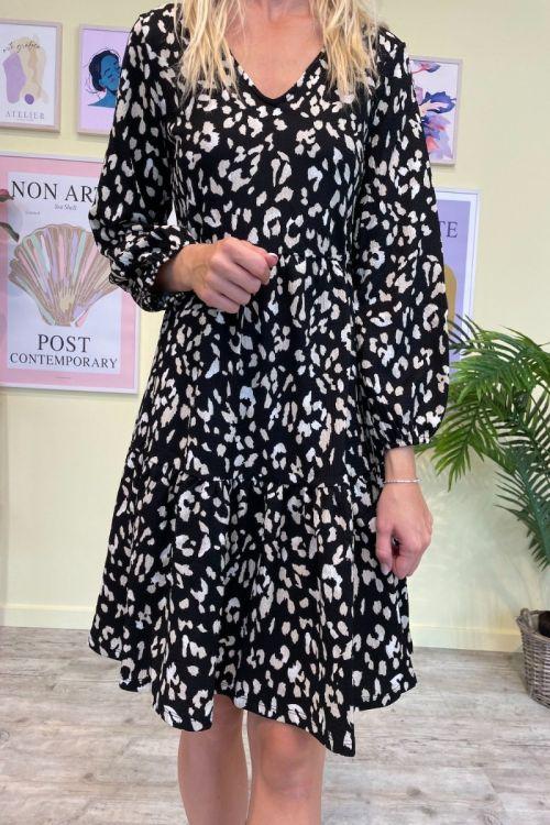 Jacqueline De Young  Kjole CLAUDE 7/8  V-NECK DRESS  JRS  Black/Leo Front