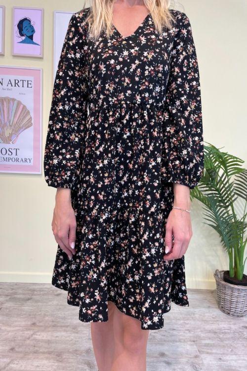 Jacqueline De Young  Kjole  Claude  7/8 V-Neck Dress  Jrs  Black/Multi flower Front