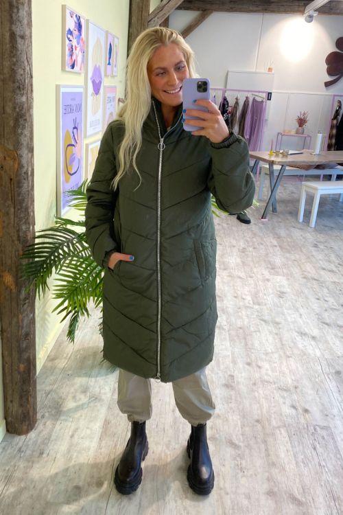 Jacqueline de Yong - Jakke - JDY New Finno Long Padded Jacket - Forest Night