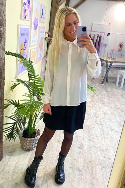 Jacqueline de Yong - Skjorte - JDY Brooke LS Shirt - Cloud Dancer