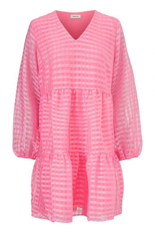 Modström Kjole Tatty Dress Taffy Pink Front