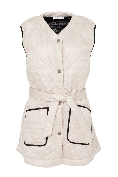 Noella Vest Sava Quilt Waistcoat Sand/Black Piping Front