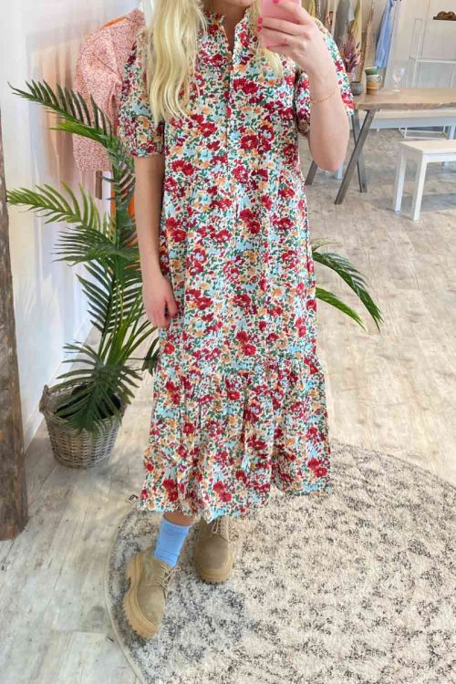 Pieces Kjole PC Katarina Midi Dress Cloud Dancer Hover