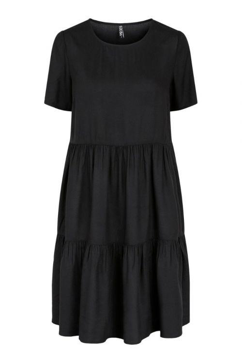 Pieces  Kjole  PC Voluma SS Dress  Black Front