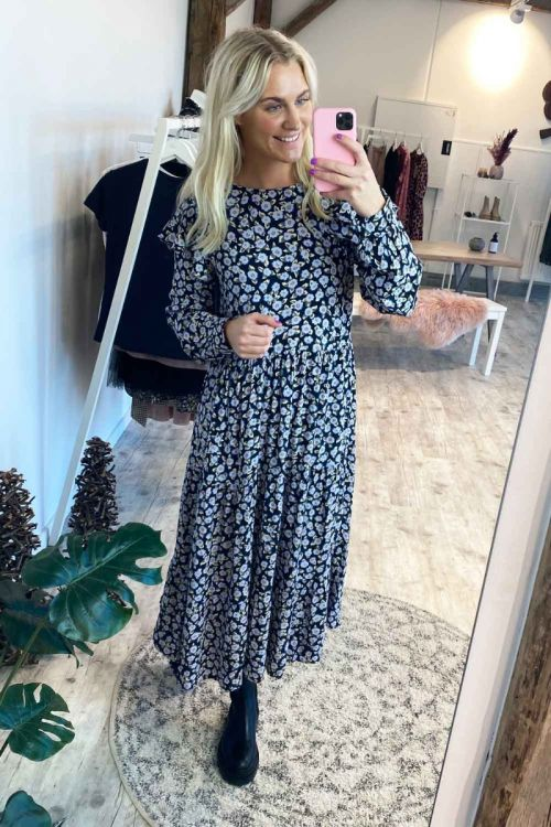 Pieces Kjole Umiska Midi Dress Sky Captain Hover