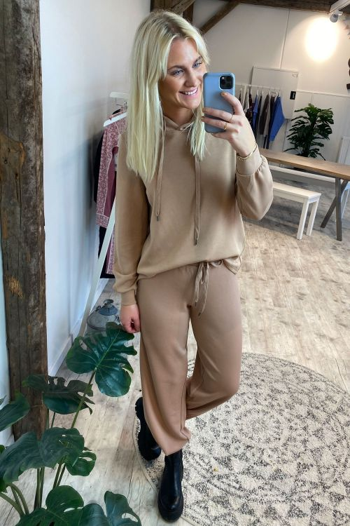 Pieces PC Rise Hoodie Lounge Warm Taupe Hover