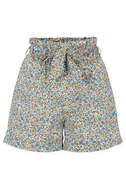 Pieces Shorts PC Mathilda HW Shorts Cloud Dancer/Blue Flowers Front