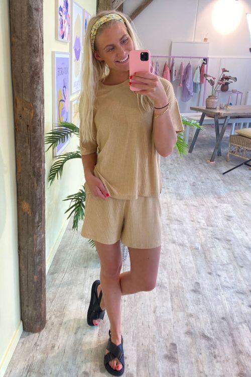 Pieces - Shorts - Ribbi HW Shorts - Cuban Sand